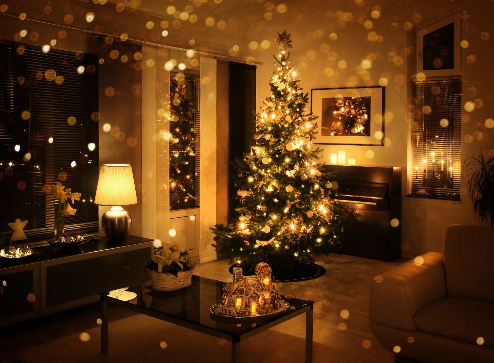 What Are The Benefits of Buying Your Home During The Holidays?